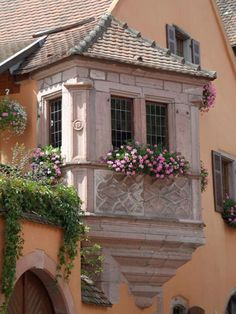 ✿Flowers at the window & door✿ Alsace, France Old Windows, Windows And Doors, Beautiful Architecture, Architecture Details, Belle France, Mode Poster, Garden Windows, Cottage Windows, French Countryside