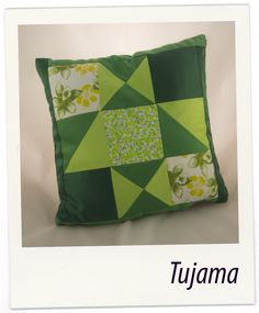 The green patchwork pillow made by myself.    All the project are fully customizable and I'm able to do some for you :)