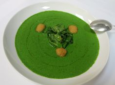 Spinat macht stark! #soup a la #spinach con taleggio Cubetto @ #Gusto restaurant