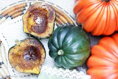 A healthier alternative to butter and sugar laced recipes! This easy, healthy baked acorn squash will be your go-to recipe for fall.