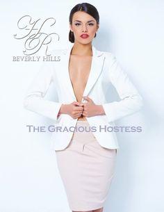 Luxury Magazines A Gracious Hostess