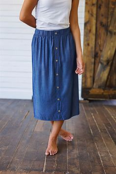Our Collecting Moments Button Front Denim Skirt is the perfect skirt for every occasion! This skirt is so versatile, pair it with just about any shirt or Modest Skirts, Modest Outfits, Skirt Outfits, Modest Fashion, Dress Skirt, Cute Outfits, Midi Skirts, Denim On Denim, Button Front Denim Skirt