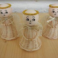 Zboží prodejce mima2 / Zboží | Fler.cz Weaving Designs, Newspaper Crafts, Weaving Art, Basket Weaving, Rattan, Bamboo, Candle Holders, Christmas Tree, Candles