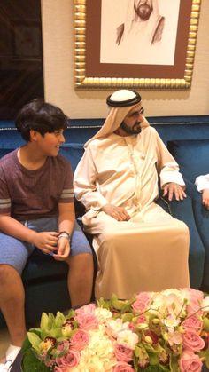 Mohammed bin Mansour bin Zayed Al Nahyan y su abuelo, Mohammed bin Rashid bin Saeed Al Maktoum, 03/01/2018. Vía: mmbinrashid