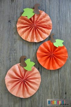 Paper Pumpkin Pinwheel Craft
