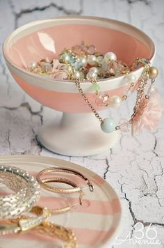 Fix up these dishes into a pretty jewelry holder.   18 DIY Dollar-Store Projects That'll Transform Your Dorm For Cheap