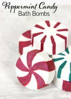 Peppermint Candy Bath Bombs Recipe                                                                                                                                                                                 More Christmas Bath Bombs, Christmas Soap, Homemade Christmas, Homemade Bath Bombs, Diy Bath Bombs, Lush Bath Bombs, Shower Bombs, Bath Melts, Bath Fizzies
