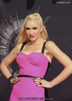 Gwen Stefani The 2014 MTV Video Music Awards at The Forum http://icelebz.com/events/the_2014_mtv_video_music_awards_at_the_forum/photo23.html