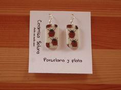"#Pendientes ""Mariquitas"" en ""Cerámica Soluna"" #Porcelana #porcelain #joyeria #jewelry #creativa #creative #silver #plata #artesania #craftsmanship #handmade #complementos #belleza #mariquitas"
