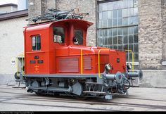 "Little electric locomotive (in Switzerland called ""Traktor"") Te III # 130, mainly for shunting in stations, but also capable to go on the line with up to 60 km/h. Built in 1947 by SLM Winterthur and SAAS Genève for the SBB, now running for ""Depot und Schienenfahrzeuge Koblenz"" (DSF)."