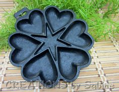Cast Iron Heart Pan, Cornbread, Muffins, Brownies, Cookies, Eggs, Appetizer, Black, Form, Mold, Collectible, Vintage