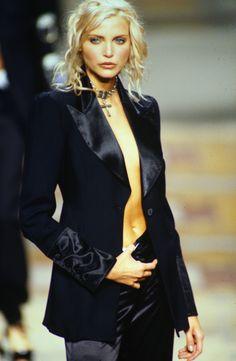 90s Fashion, Fashion Models, Fashion Beauty, Fashion Looks, Vintage Fashion, Nadja Auermann, Original Supermodels, Business Casual Outfits, Retro Outfits