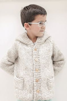 Knitting Patterns Boys, Coat Patterns, Knitting For Kids, Knitting Designs, Baby Knitting, Toddler Cardigan, Baby Cardigan, Crochet Cardigan, Knit Baby Sweaters