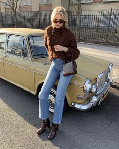 as Sharon Tate featuring mahogany brown Carlota 🍁 we've missed you, Fall. Winter Outfits, Cool Outfits, Fashion Outfits, Denim On Denim, Fashion Designer, Street Style, Trends, Outfit Goals, Ootd