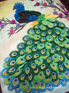 quilling peacock...GORGEOUS!!!!