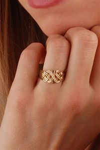 5 Stunning Wedding Ring Trends in 2020 Gold Rings Jewelry, Jewelry Design Earrings, Gold Earrings Designs, Gold Jewellery Design, Necklace Designs, Bridal Jewelry, Gold Bracelets, Gold Ring Designs, Wedding Ring Designs