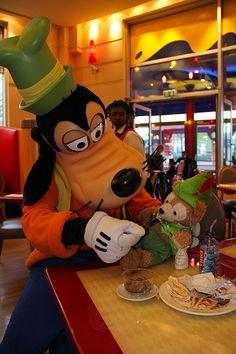Goofy Hotel New York Disneyland Paris Https Zhianjo