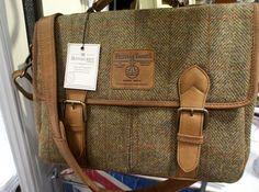 Farb-und Stilberatung mit www.farben-reich.com - Harris Tweed messenger bag
