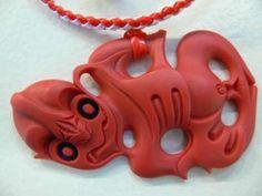 Rangi Kipa red resin tiki - to replace my last one :( Bone Carving, Vintage Jewellery, Modern Jewelry, Resin, Artists, Style, Maori, Swag, Vintage Jewelry