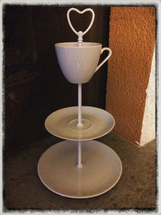 Weisse Etagere