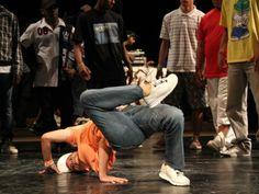 O Racha na Arena é uma competição de bboying. A próxima edição acontece nos dias 29 e 30 de março, a partir das 14h, no Centro Cultural da Juventude. A entrada é Catraca Livre.