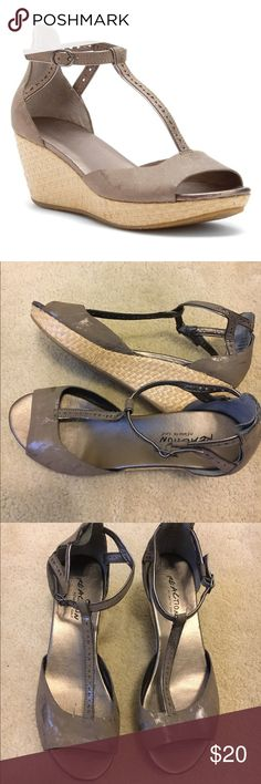 Kenneth Cole Platform Sandals Kenneth Cole Reaction Pop Art Sandals in Taupe Metallic have a cushioned footbed that enhances comfort atop the braided, jute-covered platform wedge midsole. Never worn. Kenneth Cole Reaction Shoes Sandals