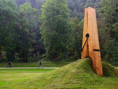 Exposition d'Art contemporain in Parc de Chaudfontaine in België.