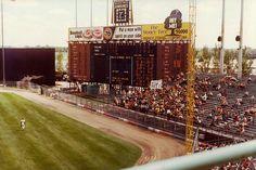 Minnesota, Bloomington, Met Stadium- Twins Baseball (Gone) Minnesota Vikings Stadium, Minnesota Twins Baseball, Orioles Baseball, Baseball Scoreboard, Baseball Park, Baseball Field, Baseball Players, Baseball Cleats, Sports Stadium