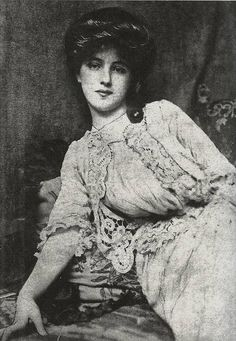 Evelyn Nesbit, 1903