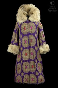 Léon Bakst, costume for a boyard, violet silk brocade, fur, from Boris Godounov's opera, Alexandre Sanine, 1913