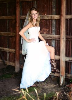 Country Wedding Barn Bridal. Texas Weddings