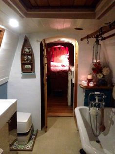 Unique Liveaboard Narrowboat with mooring in Bath Marina in Cars, Motorcycles & Vehicles, Boats & Watercraft, Narrowboats/Canalboats Small Space Living, Tiny Living, Living Spaces, Living Rooms, Barge Interior, Interior Ideas, Interior Design, Luxury Interior, Canal Boat Interior
