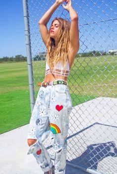 Enjoy The Kiss: Discover : Beautiful Mimi Elashiry From Australia Patch work denim jeans.