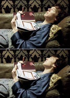 Sherlock, flipping the bird at the wall, because someone deserves it, but not John. Sherlock Holmes Series, Sherlock Cumberbatch, Benedict Cumberbatch Sherlock, Sherlock John, Vatican Cameos, Benedict And Martin, Sherlolly, Bbc Tv Series, 221b Baker Street