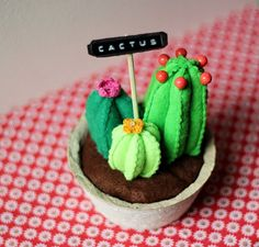 DIY Easy-Sew DIY Felt Cactus  Craft Tutorial