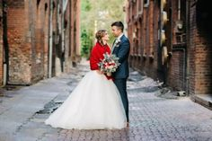 This gorgeous shoot is all about the beautiful joys of the winter season. Prepare yourself for some wonderful winter wedding inspiration here.