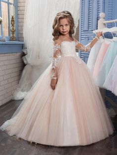 I found some amazing stuff, open it to learn more! Don't wait:http://m.dhgate.com/product/2017-new-flower-girls-dresses-for-weddings/391570052.html