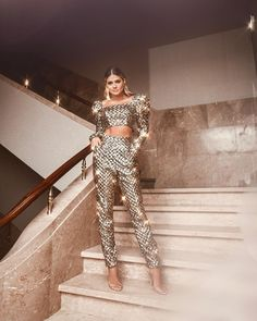how to style outfits Stage Outfits, Night Outfits, Classy Outfits, Stylish Outfits, Look Fashion, Womens Fashion, Looks Chic, Looks Style, Couture Fashion