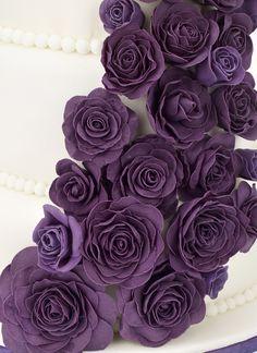 purple rose wedding cake, purple fondant roses, fondant flowers, fondant pearl balls, fondant flower craft, fondant petals