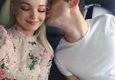 Dove And Thomas, Dove Cameron Style, Thomas Doherty, Scottish Actors, The Love Club, Cw Series, Brown Blonde Hair, Lady And The Tramp, Disney Stars