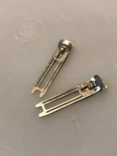 Can remember these being used to pin curls and pull out chunks of hair, too My Childhood Memories, Sweet Memories, Vintage Toys, Retro Vintage, Vintage Hair, Vintage Trends, Vintage Stuff, Galaxy T Shirt, Thanks For The Memories