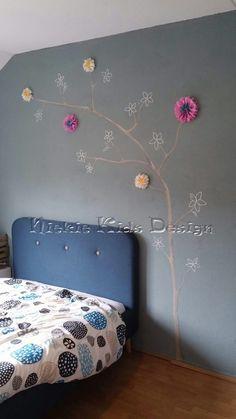 #Muurschildering tak #papieren bloemen #Niekie Kids Design