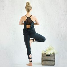 Luxe Natural Yoga Wear - The White by Lolë Line is Elegant and High-Performance (GALLERY)