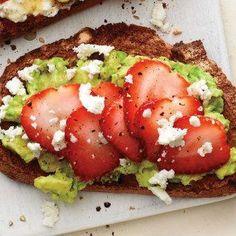 Mashed Avocado and Strawberry Toast recipe