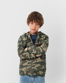 Scalpers World | WINDBREAKER KIDS Summer Story, Studio 54, Kids Shorts, Gifts For Boys, Shoe Collection, New Pictures, New Day, Cute Boys, Teen Fashion
