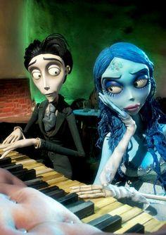 Cuando el toca piano mejor que tu!                                                                                                                                                                                 Más