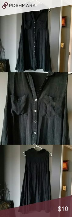 """Women's tunic Black flair bottom sleeveless tunic with buttons. Great shape, supposed to be a faded look black. Front 33"""" long and back is 35"""" long. C Isa Tops Tunics"""