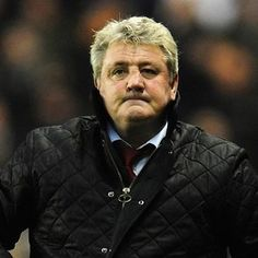 Hull City FC Manager Steve Bruce in BARBOUR