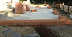 Prix d'un mur en brique au m2: http://www.travauxbricolage.fr/renovation-maison/construction-maison/prix-mur-brique-monomur-m2/