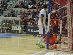 Gol de Raúl Campos. @SeFutbol  España-Grecia. Homenaje a Kike Boned. Ginés Rubio @grl48